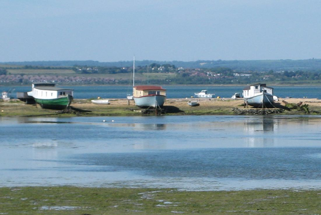 Houseboats_at_hayling_island